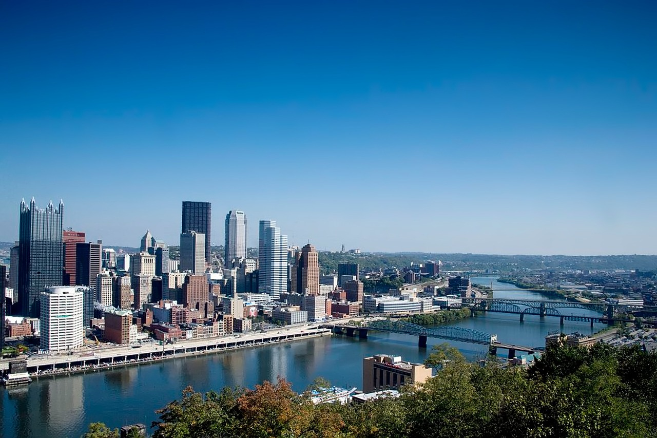 Pittsburgh has amazing views and an even more amazing food scene. Who could ask for more?